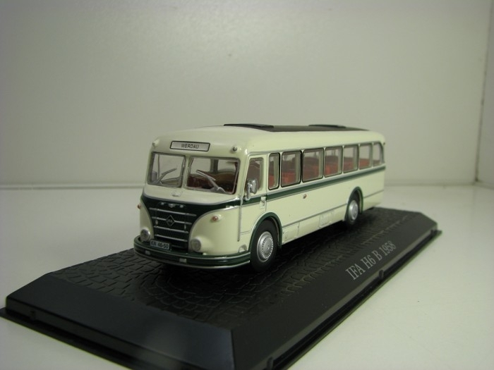 Autobus IFA H6 B 1958 Bus Collection 1:72 Atlas Edition